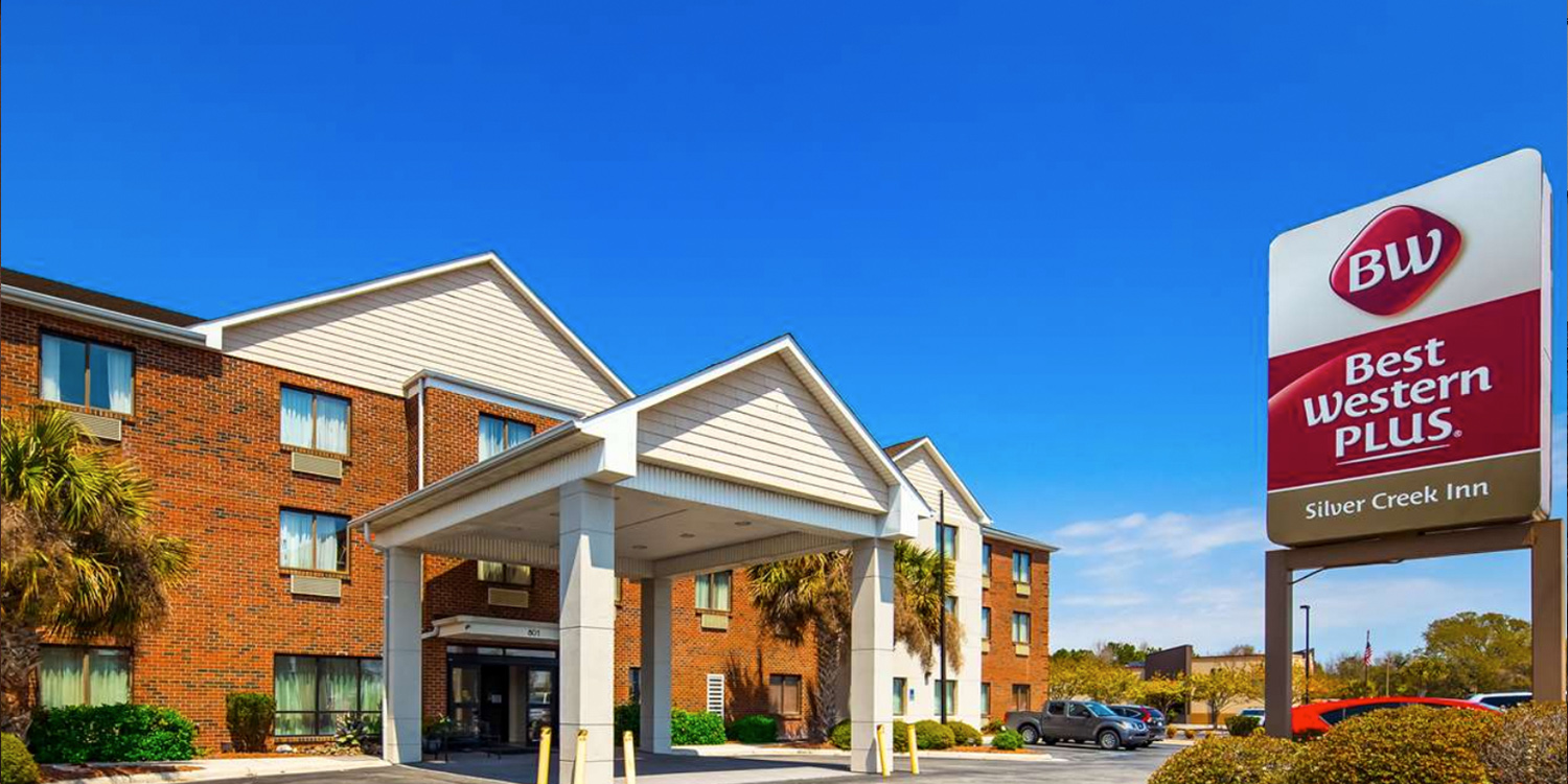 THE BEST WESTERN PLUS Swansboro - Emerald Isle PREMIER LODGING IN THE HEART OF SWANSBORO, NC