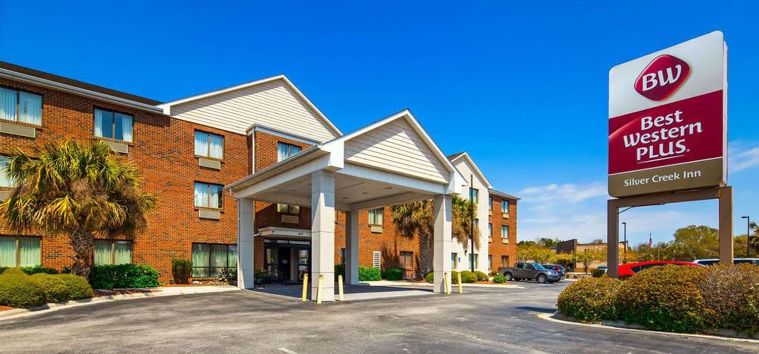 EXPERIENCE IMPRESSIVE AMENITIES, AND WELL-APPOINTEDGUEST ROOMS IN SWANSBORO, NORTH CAROLINA