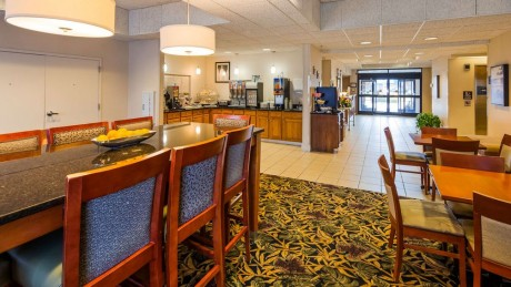Welcome To Best Western Plus Silver Creek Inn - Breakfast Area